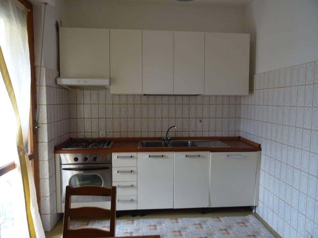 Appartamento in affitto, rif. DNA008