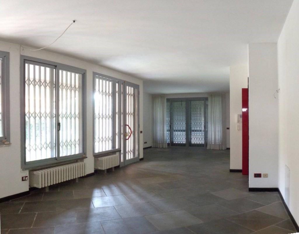 Villa singola in vendita, rif. DC500