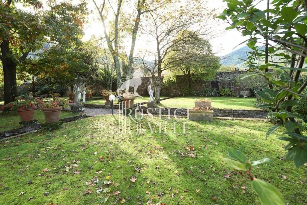 Villa singola in vendita, rif. RV1003