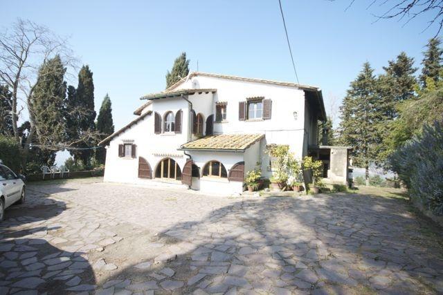 Colonica/casale in vendita a Volterra (PI)