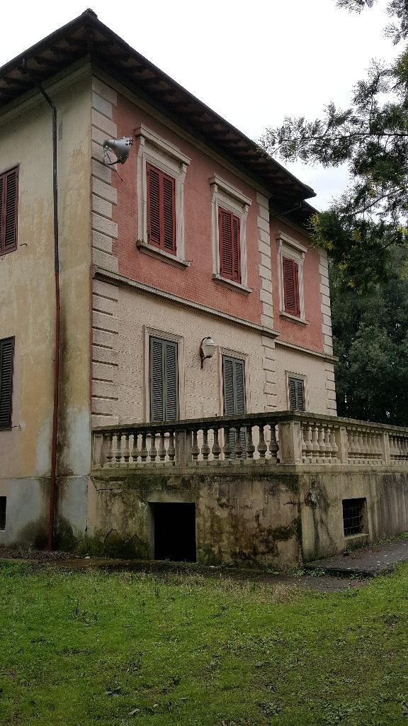Edificio storico in vendita a Vicarello, Collesalvetti (LI)