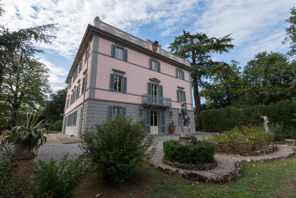 Edificio storico in vendita a Pescia (PT)