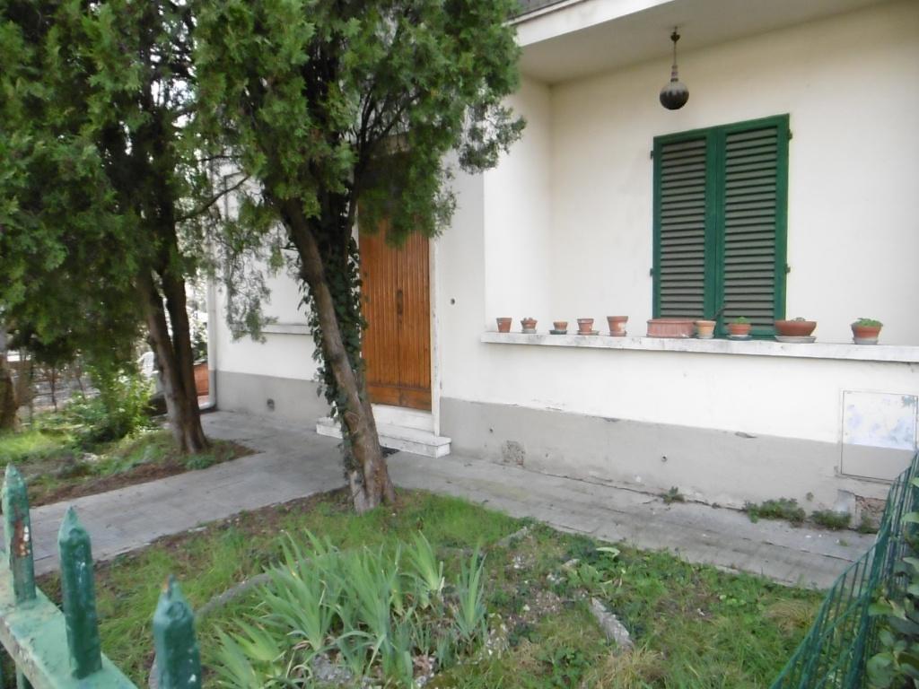 Appartamento in vendita, rif. 8527