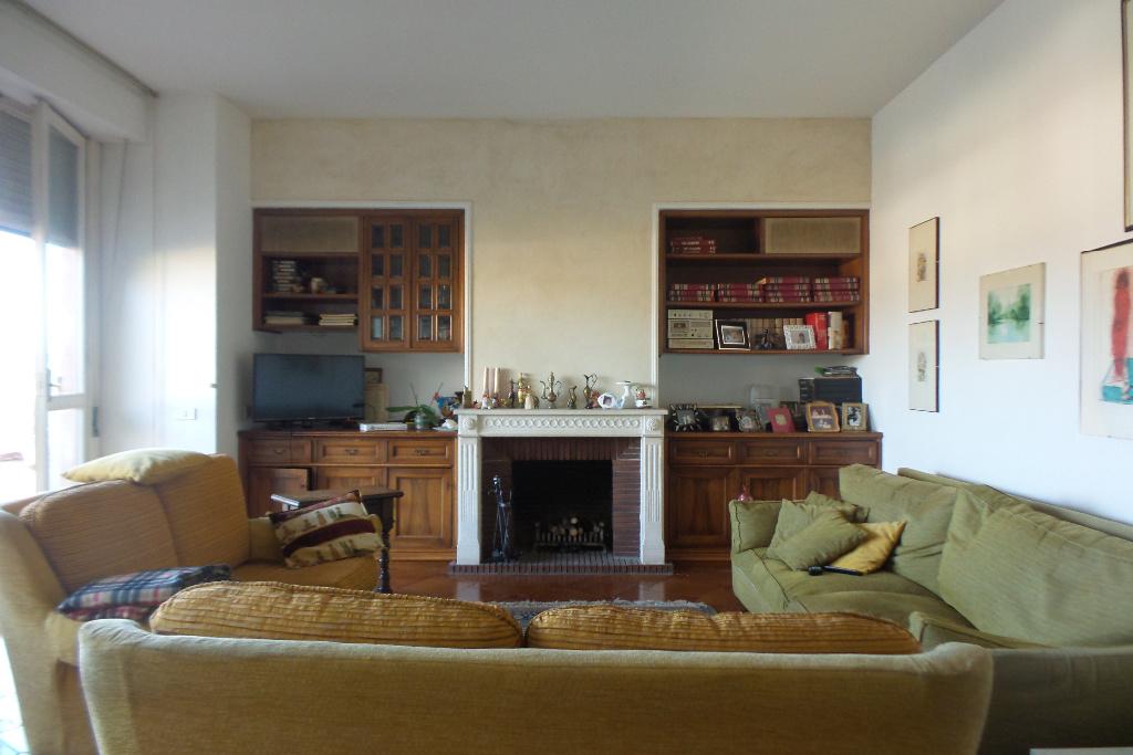 Attico / Mansarda in vendita a Empoli, 6 locali, prezzo € 350.000   Cambio Casa.it