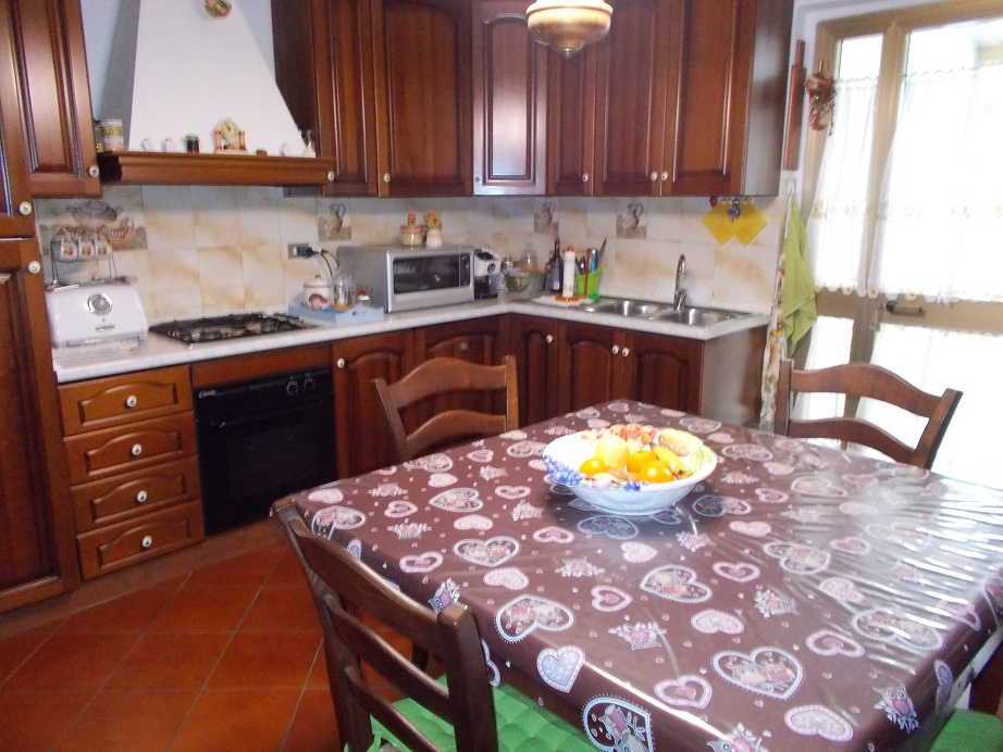 Soluzione Indipendente in vendita a Vecchiano, 4 locali, prezzo € 170.000   CambioCasa.it