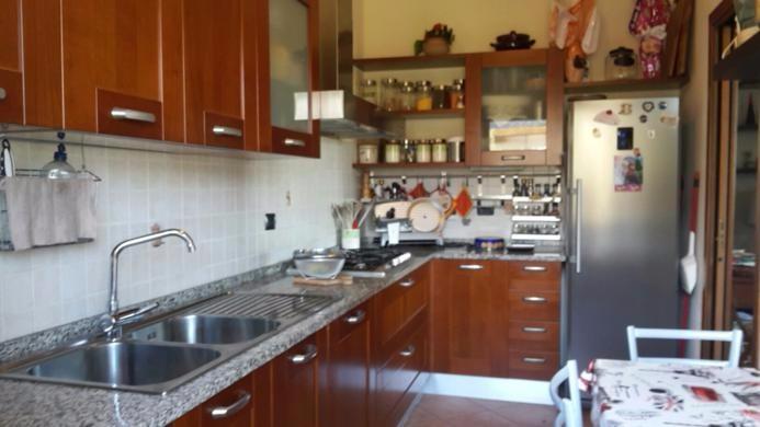 Appartamento in vendita a Cascina, 5 locali, prezzo € 220.000   CambioCasa.it
