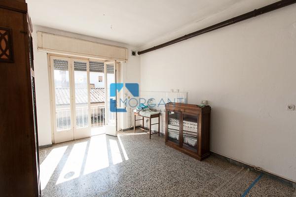 Appartamento in vendita a Pietrasanta, 3 locali, prezzo € 165.000 | CambioCasa.it
