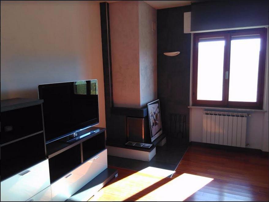 Appartamento in affitto a Castelnuovo Magra, 4 locali, prezzo € 600 | CambioCasa.it