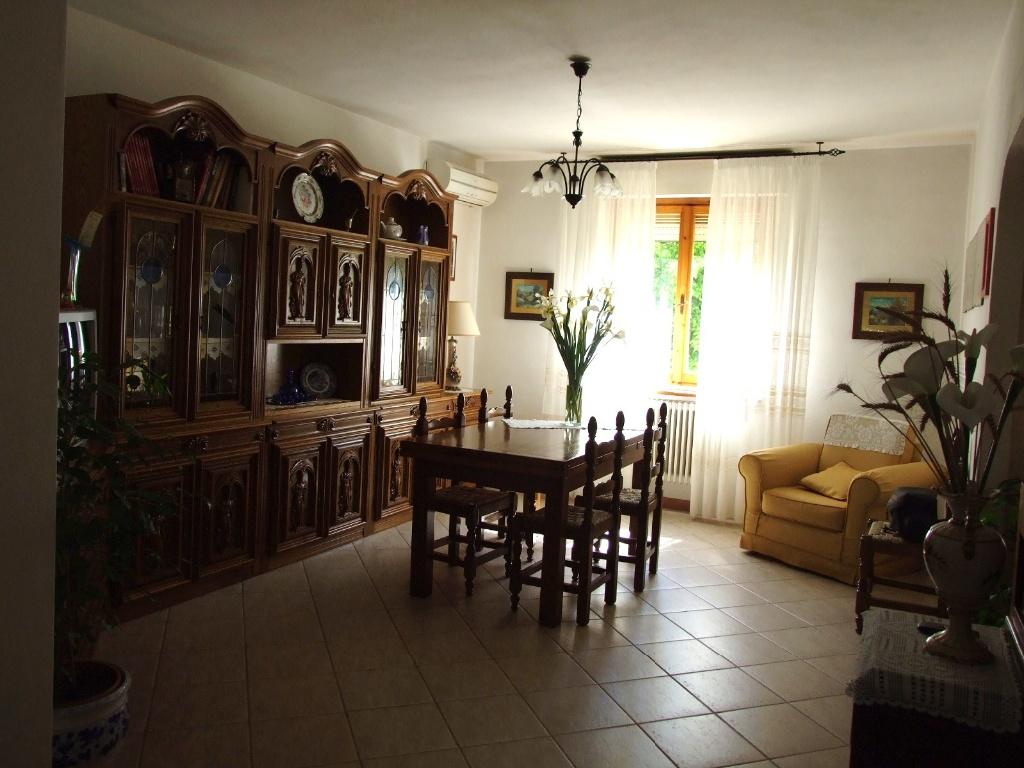 Appartamento in vendita a Vicopisano, 5 locali, prezzo € 160.000   PortaleAgenzieImmobiliari.it