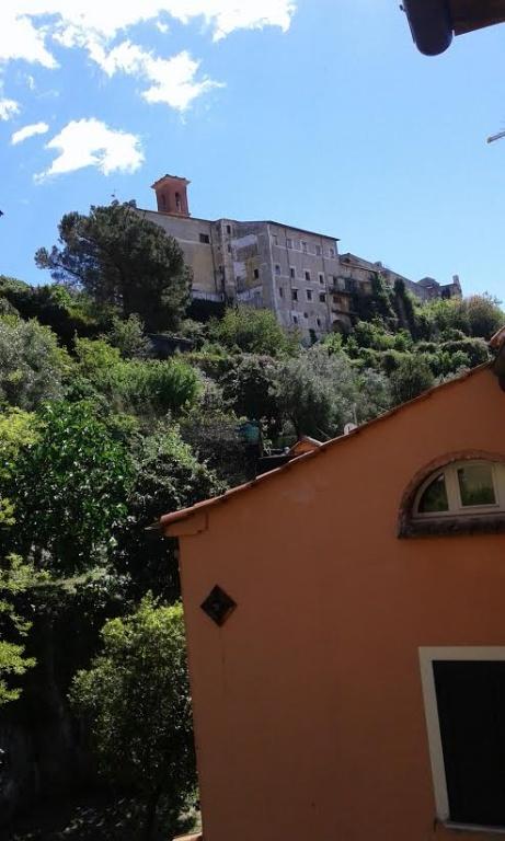 Loft / Openspace in vendita a Massa, 2 locali, prezzo € 150.000 | CambioCasa.it