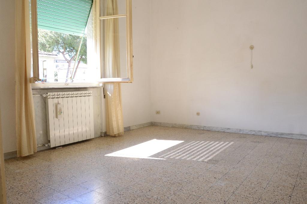 Appartamento in vendita, rif. LOG-05