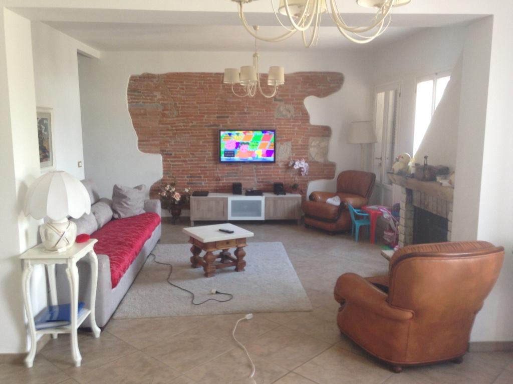 Rustico / Casale in vendita a Cascina, 5 locali, prezzo € 400.000 | CambioCasa.it