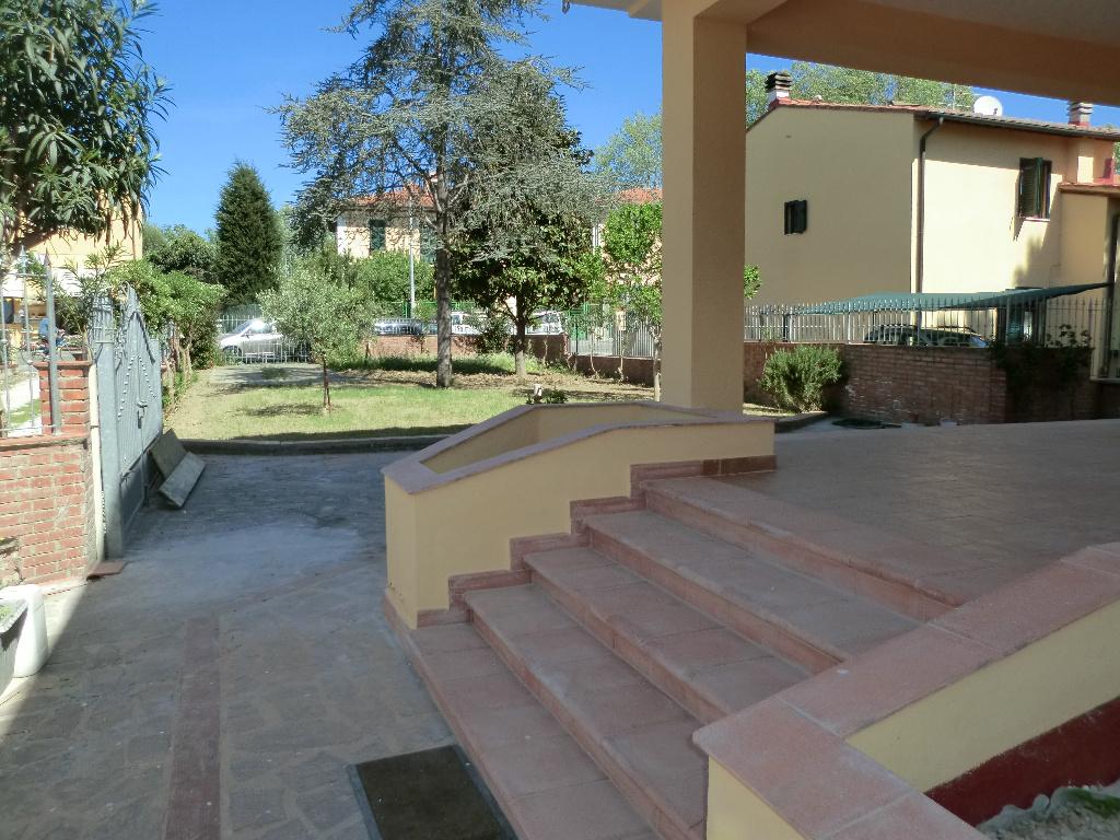 Villa in vendita a Pisa, 10 locali, prezzo € 625.000   CambioCasa.it