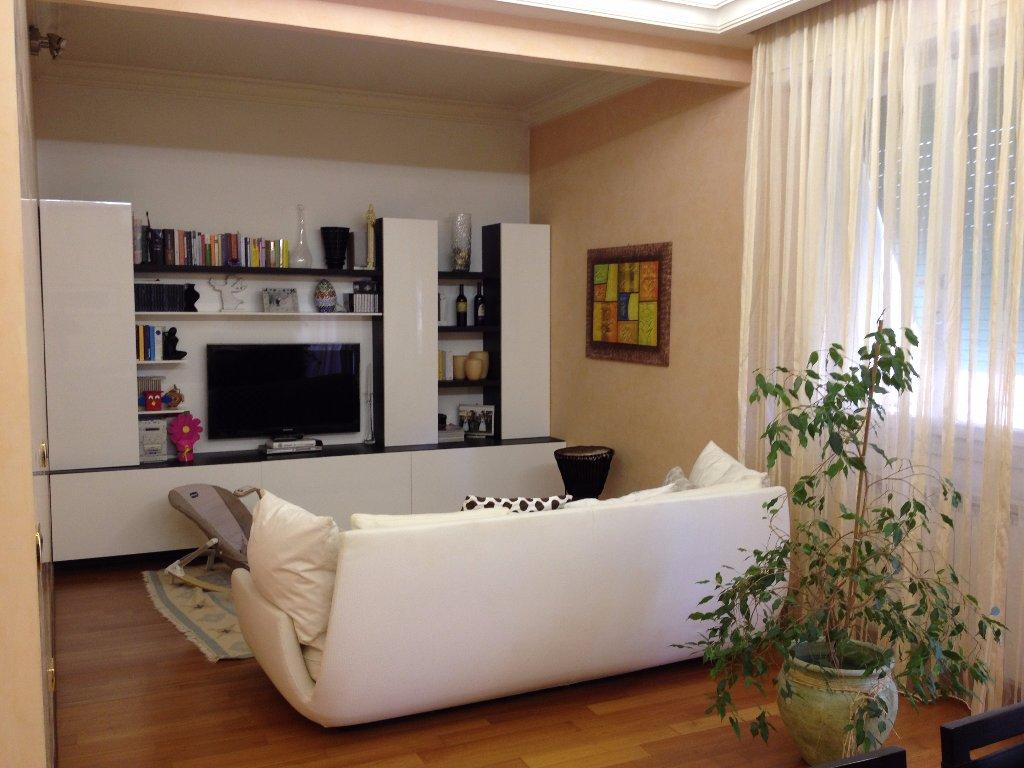 Appartamento in vendita, rif. A676