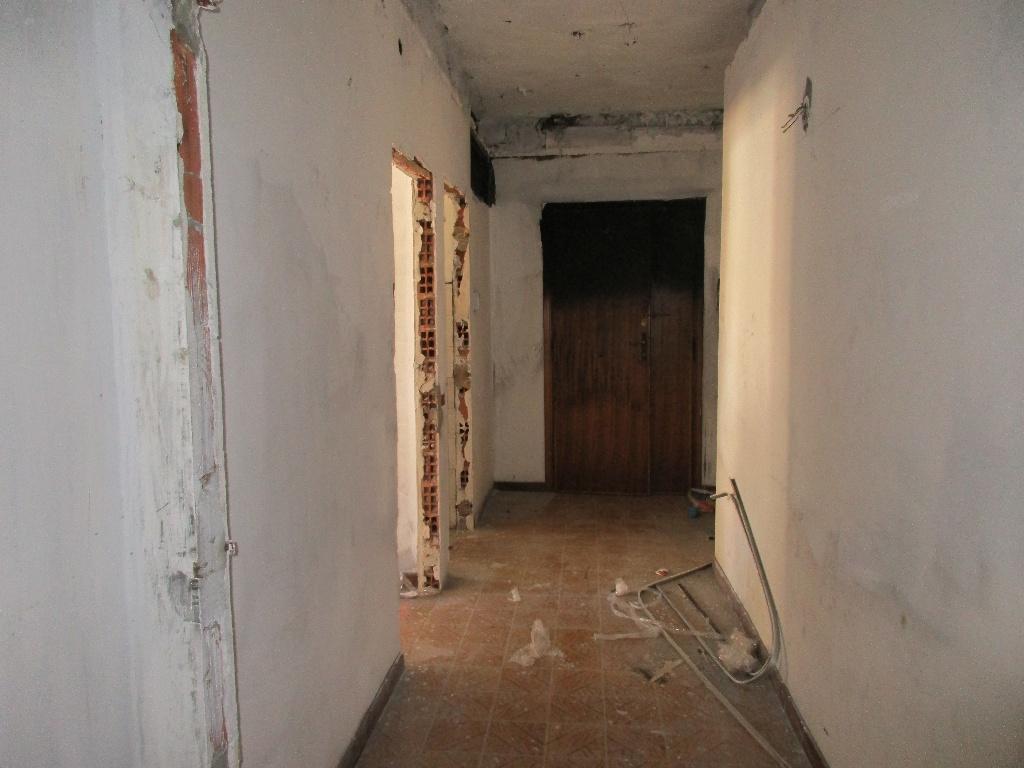 Appartamento in vendita a Santa Croce sull'Arno, 5 locali, prezzo € 60.000   Cambio Casa.it