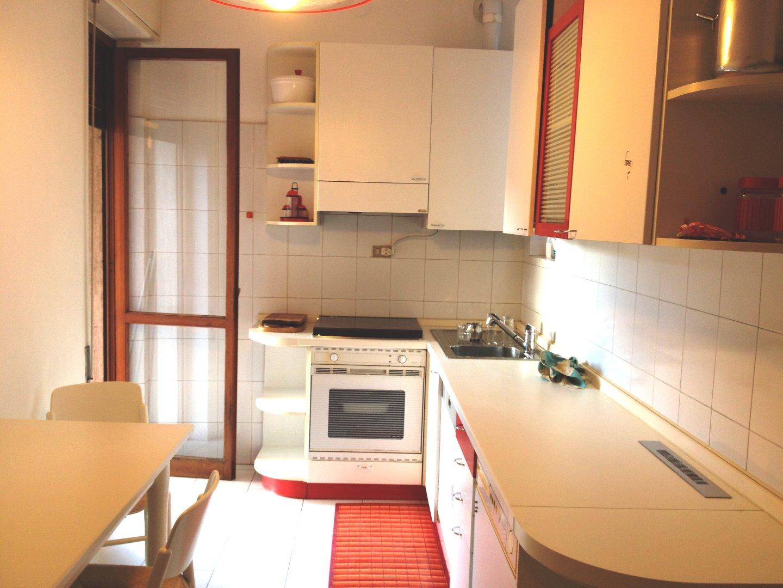 Appartamento in affitto, rif. E292