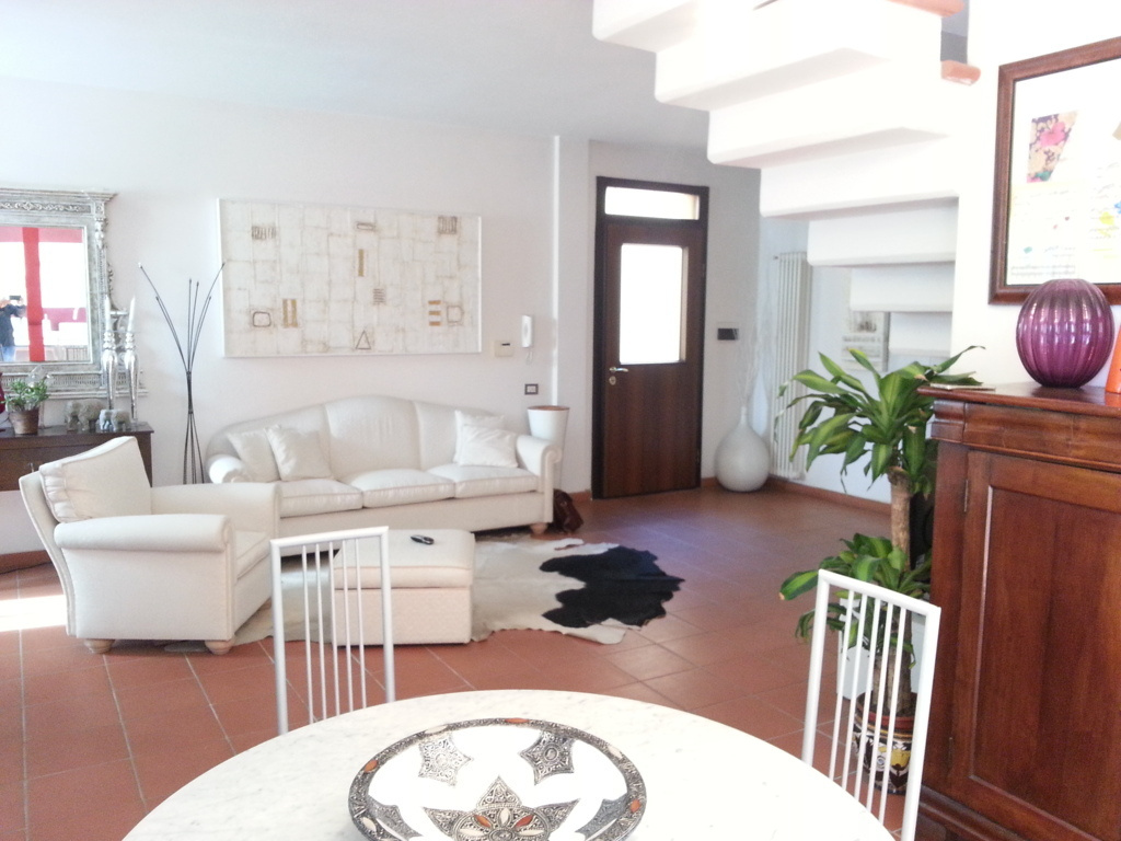 Appartamento in vendita a Pistoia, 4 locali, prezzo € 209.000 | CambioCasa.it
