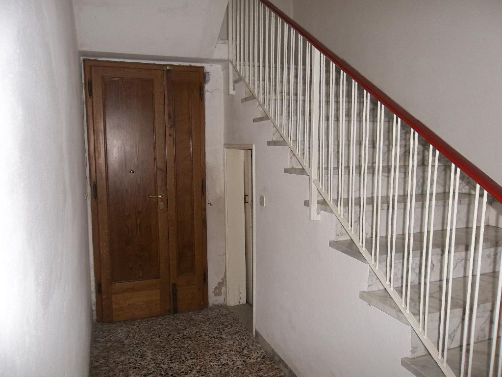 Soluzione Indipendente in vendita a Ponsacco, 10 locali, prezzo € 360.000 | Cambio Casa.it