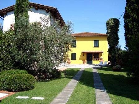 Colonica/casale in vendita a Torre, Fucecchio (FI)