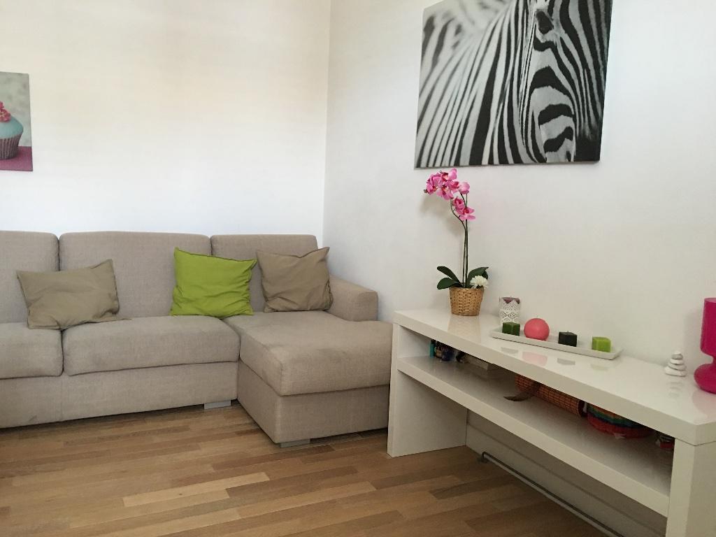 Appartamento in vendita a Pontedera, 2 locali, prezzo € 120.000 | CambioCasa.it