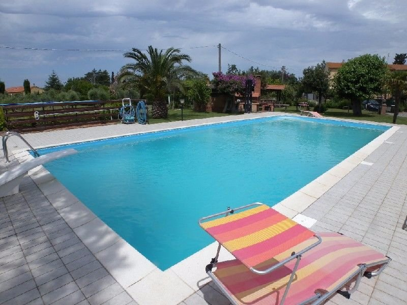 Villa in vendita a Rosignano Marittimo, 9 locali, prezzo € 680.000 | Cambio Casa.it