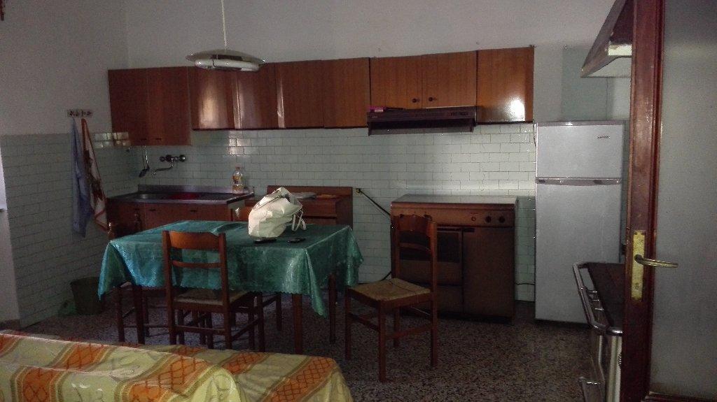 Appartamento in vendita a Terricciola, 3 locali, prezzo € 55.000 | CambioCasa.it
