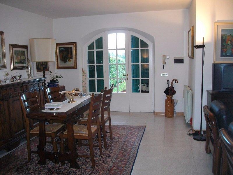 Villa Bifamiliare in Vendita a Ameglia