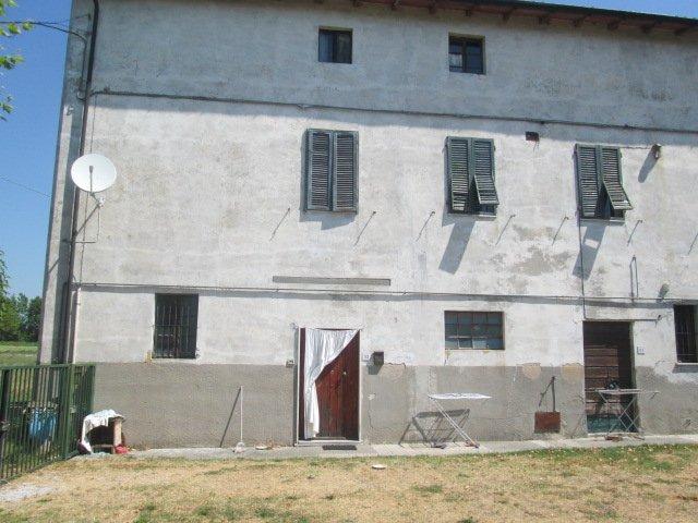 Colonica in vendita a Ghezzano, San Giuliano Terme (PI)