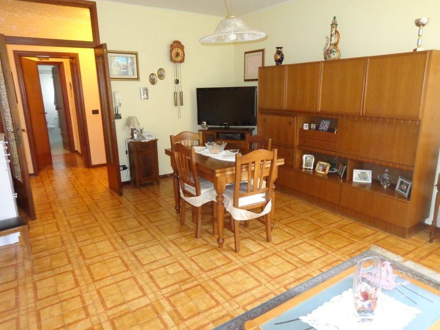 Appartamento in vendita a Cascina, 4 locali, prezzo € 114.000   CambioCasa.it