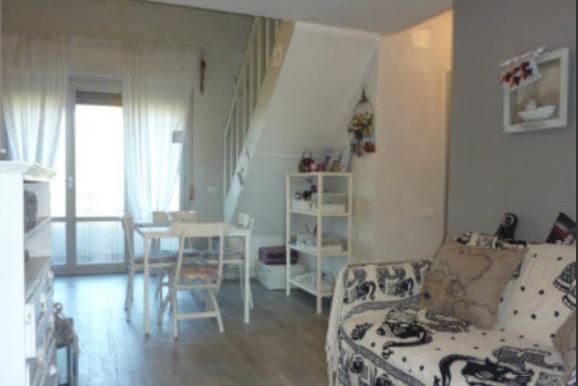 Appartamento in vendita, rif. LOG-34