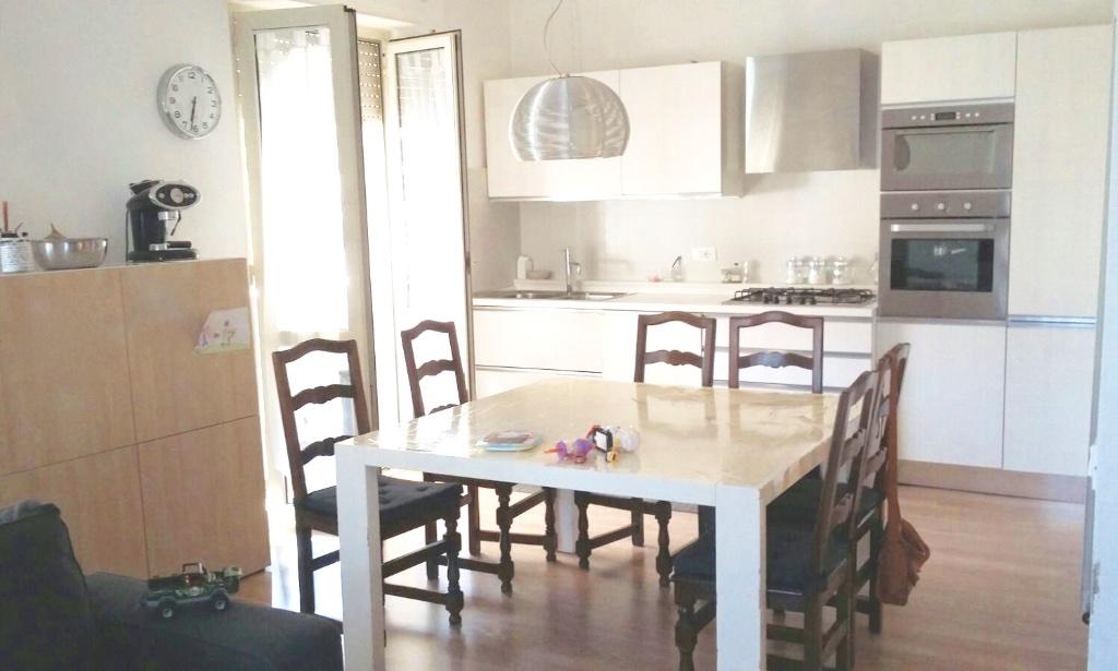 Appartamento in vendita, rif. LOG-37
