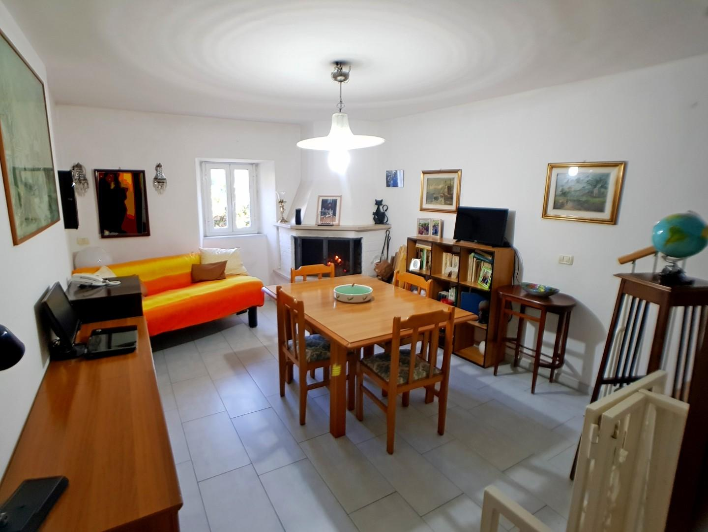 Terratetto in vendita a Massa