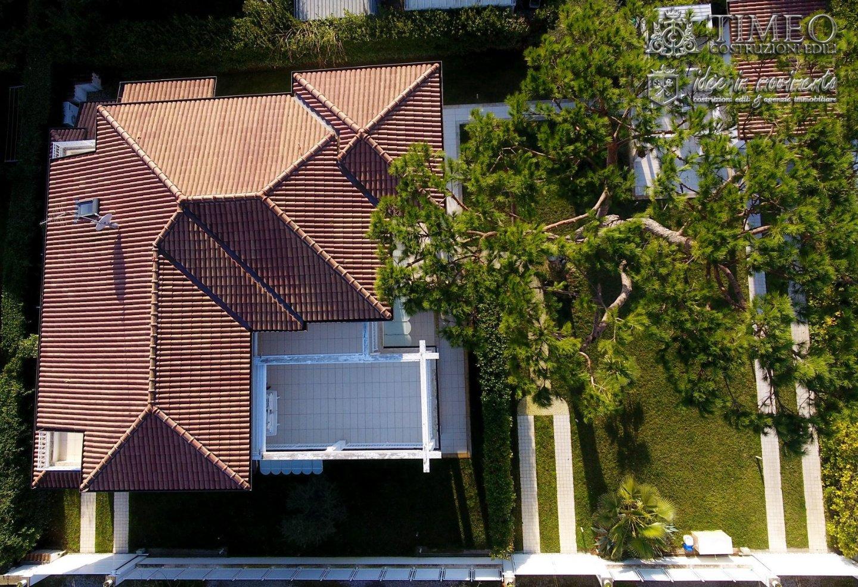 Appartamento in vendita a Vittoria Apuana, Forte dei Marmi (LU)