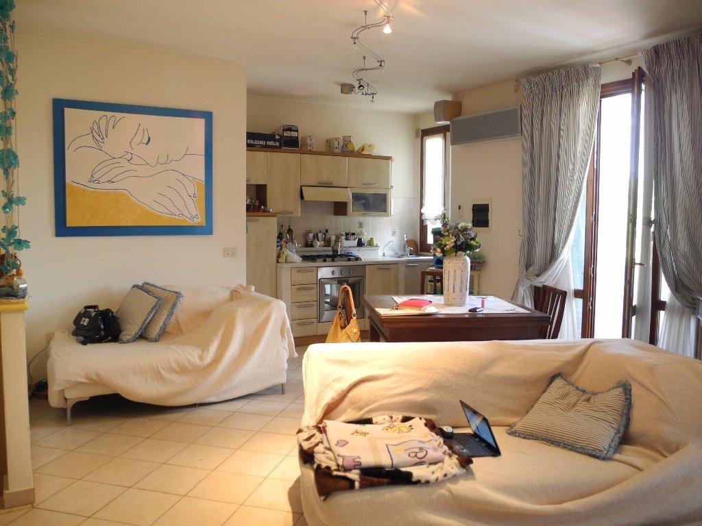 Appartamento in vendita, rif. b425