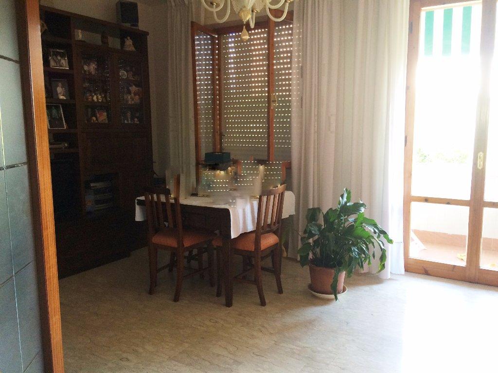 Appartamento in vendita a Livorno, 4 locali, prezzo € 240.000 | Cambio Casa.it