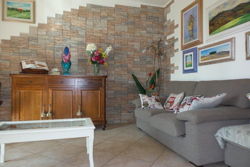 Appartamento in vendita a Empoli, 5 locali, prezzo € 295.000 | Cambio Casa.it