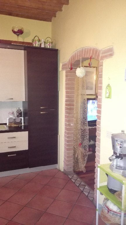 Appartamento in vendita a Capannoli, 3 locali, prezzo € 53.000 | CambioCasa.it