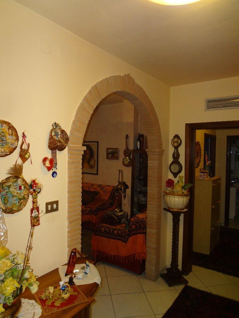 Appartamento in vendita a Cascina, 4 locali, prezzo € 150.000   CambioCasa.it