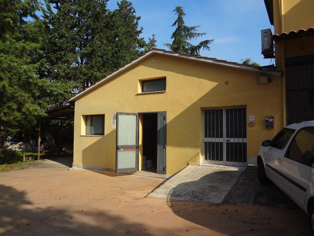 Loft / Openspace in vendita a Santa Maria a Monte, 4 locali, prezzo € 80.000   PortaleAgenzieImmobiliari.it