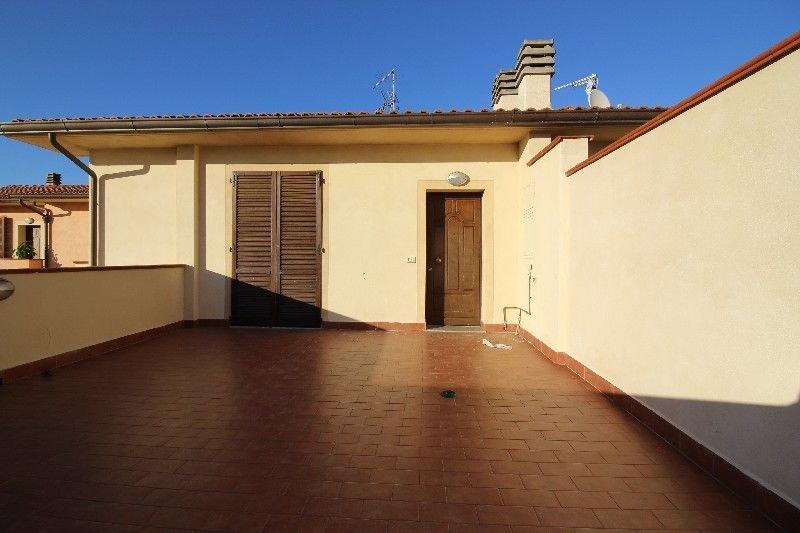 Appartamento in vendita a Ponsacco, 3 locali, prezzo € 157.000 | Cambio Casa.it