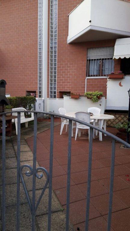Soluzione Indipendente in vendita a Santa Croce sull'Arno, 5 locali, prezzo € 165.000 | CambioCasa.it