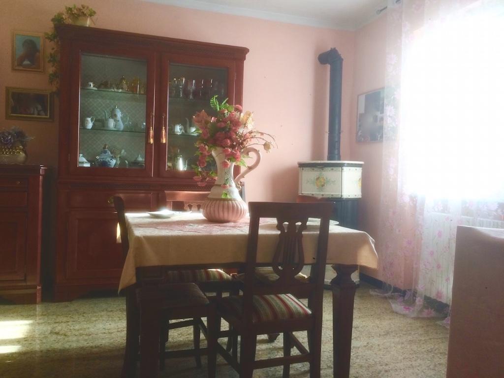 Casa semindipendente in vendita, rif. LOG-76