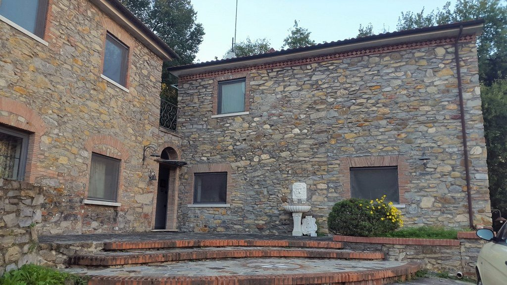 Rustico in vendita a Carrara (MS)