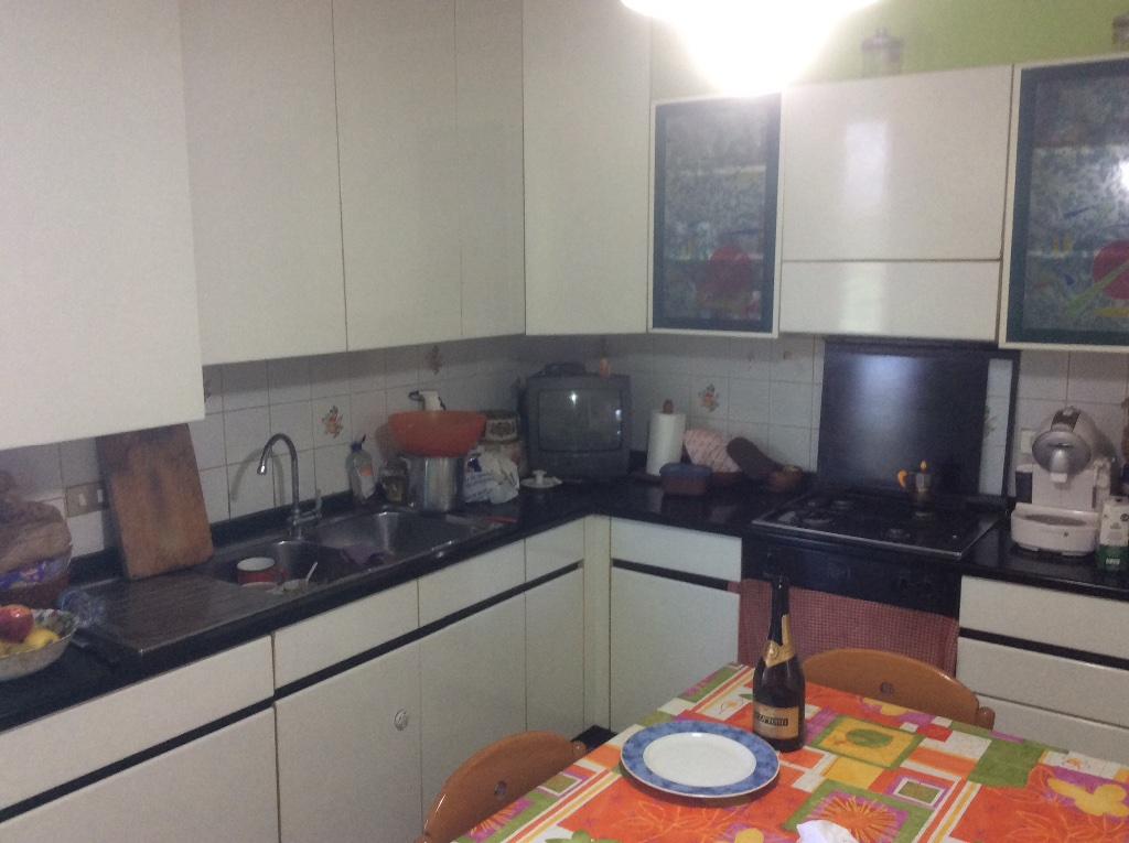 Appartamento in vendita a Peccioli, 5 locali, prezzo € 170.000 | CambioCasa.it