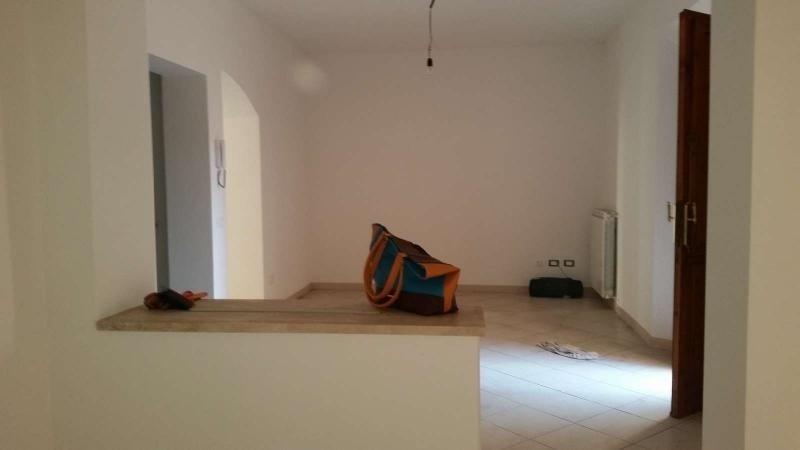 Soluzione Indipendente in vendita a Pontedera, 6 locali, prezzo € 165.000 | CambioCasa.it