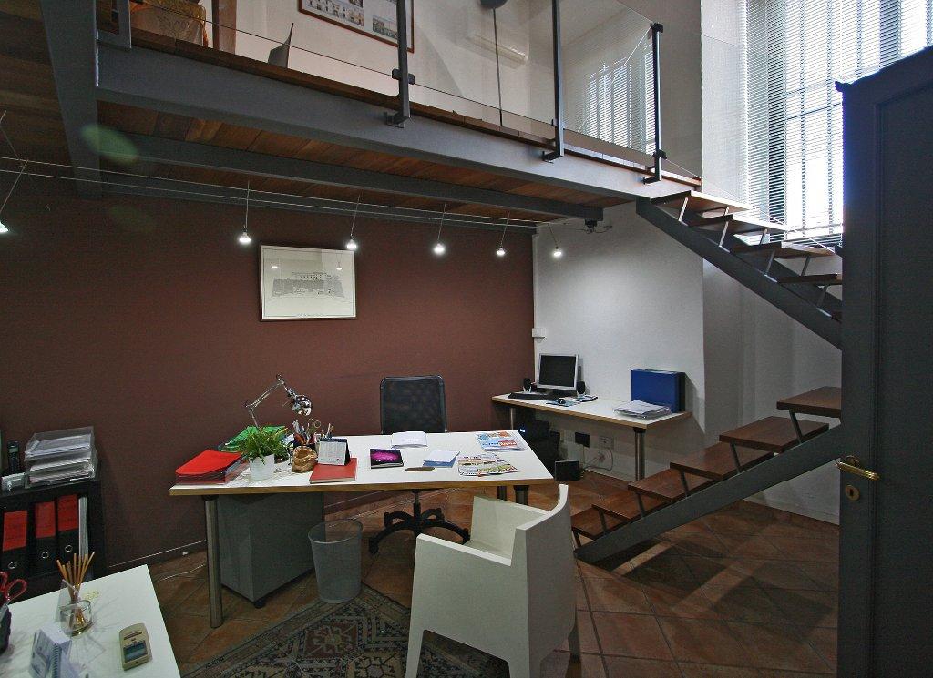 Studio immobiliare le pleiadi ufficio in vendita a livorno for Studio i m immobiliare milano