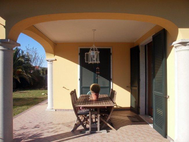 Villa singola in vendita a Dogana, Luni (SP)