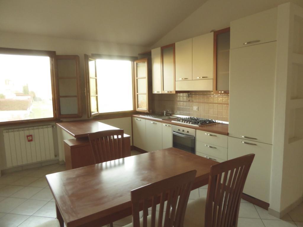 Appartamento in affitto a Lamporecchio, 2 locali, prezzo € 450 | CambioCasa.it
