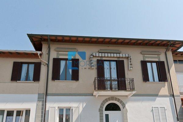 Appartamento in vendita a Pietrasanta, 5 locali, prezzo € 520.000 | PortaleAgenzieImmobiliari.it