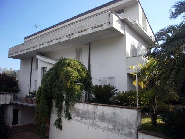 Villa singola in vendita a Sant'antonio, Carrara (MS)